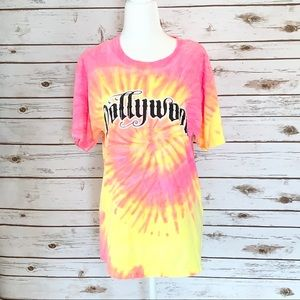 TIE DYE DOLLYWOOD GRAPHIC T SHIRT